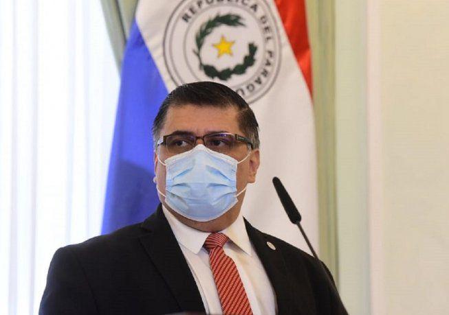 ministro-paraguayo-trato-de-bromear-sobre-la-situcion-sanitaria:-«el-ataque-zombie-es-lo-unico-que-nos-falta»