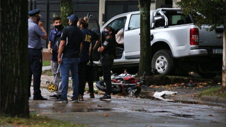 rosario:-un-hombre-persiguio-con-su-camioneta-a-dos-motochorros-que-le-habian-robado-y-los-mato