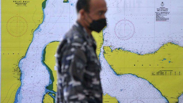 indonesia-encontro-el-submarino-con-los-53-tripulantes-muertos  La 100 Bragado 90.9 mhz