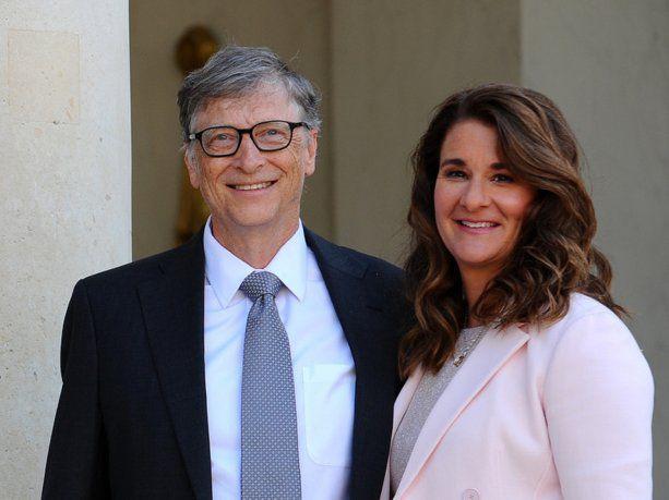 divorcio-multimillonario:-bill-gates-y-melinda-se-separaron-tras-27-anos-de-matrimonio  La 100 Bragado 90.9 mhz